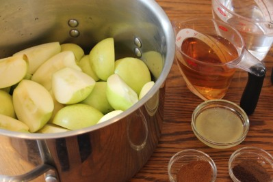 apples in pot with prep ingredients