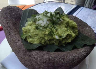 The De La Hoya Guacamole, sitting pretty on a banana leaf
